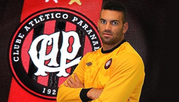 Goleiro Weverton é apresentado pelo Atlético-PR (30/05/2012)