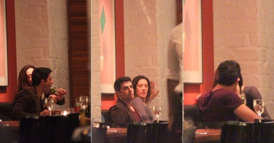 A atriz Cláudia Raia trocou carinhos com o namorado Jarbas Homem de Mello em jantar no Rio de Janeiro (31/5/12)