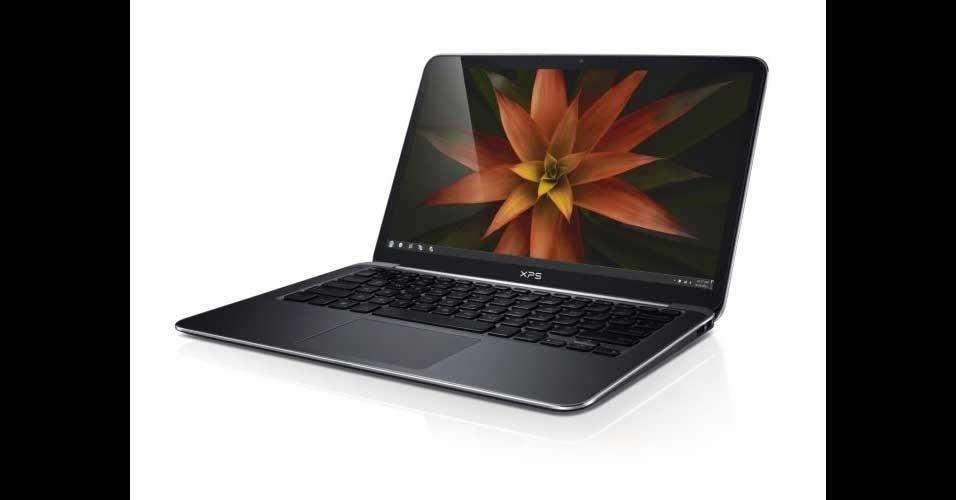 13.jan.2012 - A Dell mostrou o seu primeiro ultrabook na CES 2012. Chamado de XPS 13, o computador tem tela de 13,3 polegadas, 128 GB ou 256 GB para armazenamento, pesa 1,3 kg e será vendido em diferentes versões que variam conforme o processador (Intel Core i5 ou i7). Nos testes do UOL Tecnologia, o ultrabook Dell XPS 13 iniciou o Windows 7 em 19 segundos