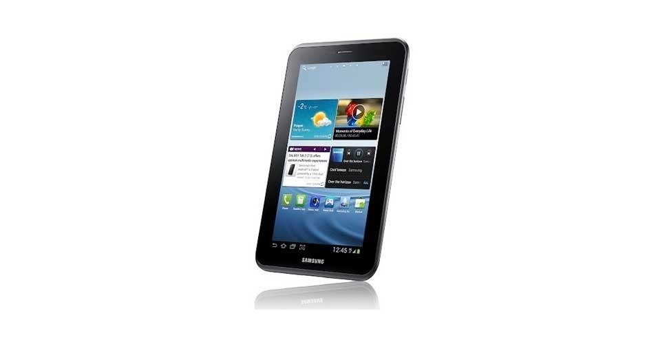 13.fev.2012 - O Galaxy Tab 7 ganhou uma atualização da Samsung: o tablet de 7 polegadas agora possui processador dual core de 1Ghz e vem com a versão mais atual do sistema operacional Android, a 4.0 (Ice Cream Sandwich). Além da maior potência, o tablet terá o AllShare Play, serviço que permite rodar arquivos, músicas, filmes e vídeos do tablet em computadores, TVs e smartphones. O Galaxy Tab 2 deve começar a ser vendido mundialmente em março deste ano; preços não foram revelados
