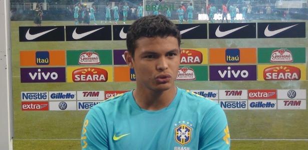 Thiago Silva levou a medalha de bronze de Pequim para mostrar ao elenco e dizer que quer mais