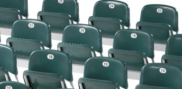 Assentos da Flexform, que concorre para fornecer equipamento para todos os estádios da Copa