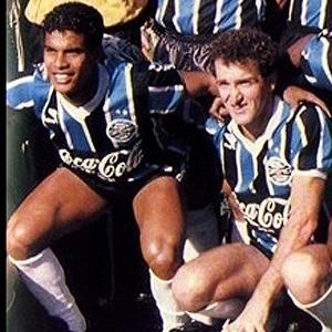 Assis e Cuca foram ídolos do Grêmio na virada dos anos 80 para os 90