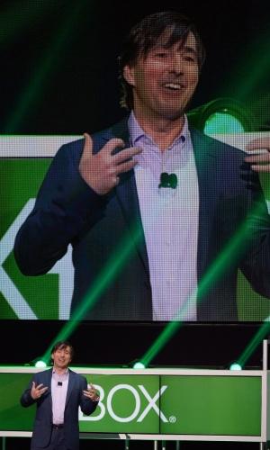 Don Mattrick, presidente de negócios interativos da Microsoft, fala sobre os novos anúncios do Xbox 360