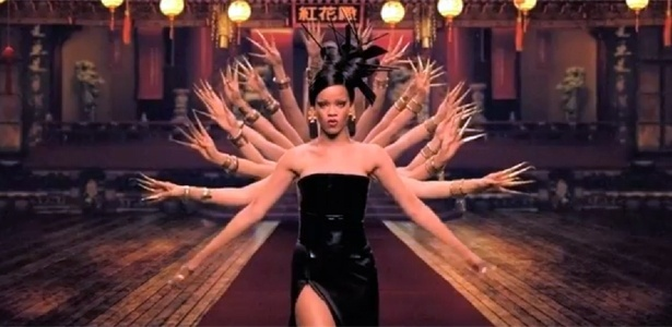 Rihanna participa com múltiplos braços em clipe do Coldplay