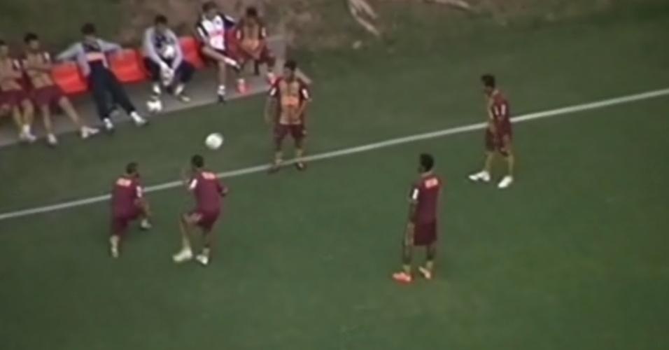 Ronaldinho realiza seu primeiro treino com o Atlético-MG, mesmo antes de assinar contrato com o clube
