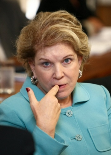 6.jun.2012 - Marta Suplicy (PT-SP), durante votação na CCJ do Senado