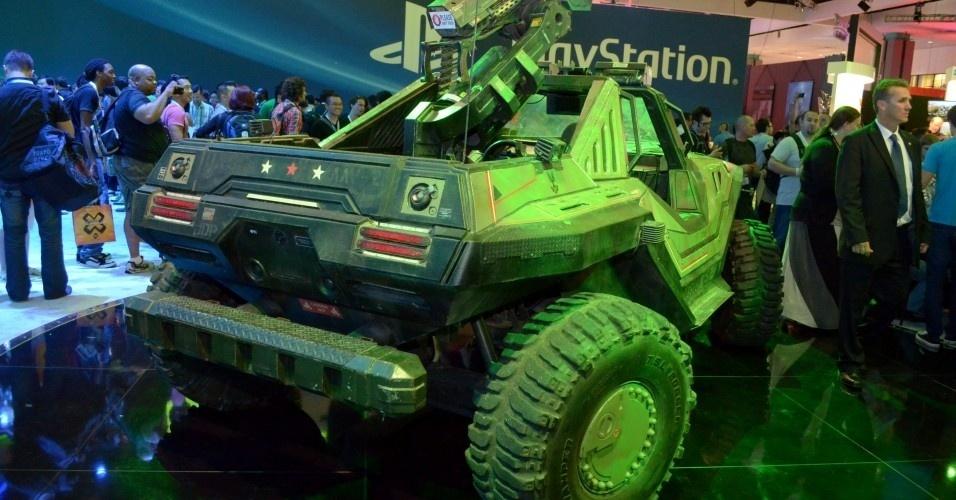 A Microsoft materializou um Warthog em seu estande na E3 2012