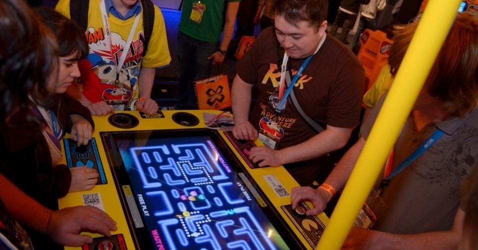 A Namco apostou na nostalgia e levou diversas máquinas de