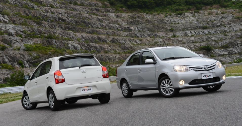 A Toyota apresentou o Etios, que deve chegar em setembro nas variações hatch e sedã; preços ainda são segredo
