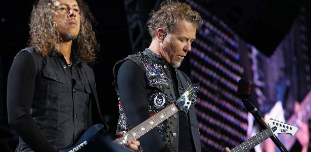 Kirk Hammet e James Hetfield tocam com o Metallica em show para prisioneiros na Dinamarca (6/6/12)