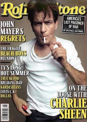 """O ator Charlie Sheen é capa da edição de junho da revista """"Rolling Stone"""" (6/6/12)"""