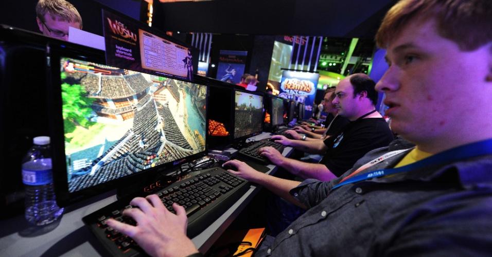 Os games online estão na E3 2012.