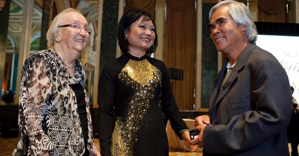 8.jun.1972 - A sobrevivente da Guerra do Vietnã, Kim Phuc Phan Thi, participa de evento em Toronto, nos EUA, para marcar os 40 anos da foto histórica da guerra