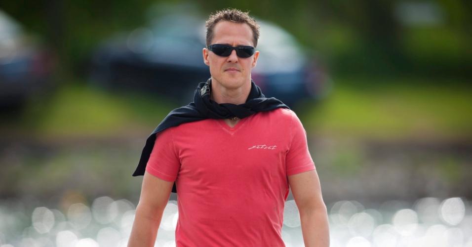 Alemão Michael Schumacher chega ao circuito de Montreal para os treinos livres do GP do Canadá (08/06/2012)