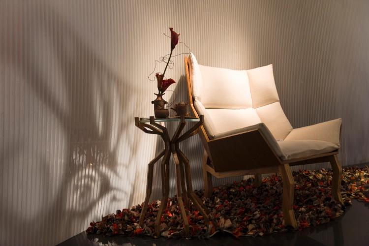 Jum Nakao por Jum Nakao é o ambiente que reflete a personalidade inventiva de seu criador, o estilista e designer Jum Nakao. O espaço se divide nas sensações estético-sensoriais baseadas nas cores e elementos que remetem ao outono e ao inverno. Destaque para a combinação cuidadosa dos elementos e para os origamis
