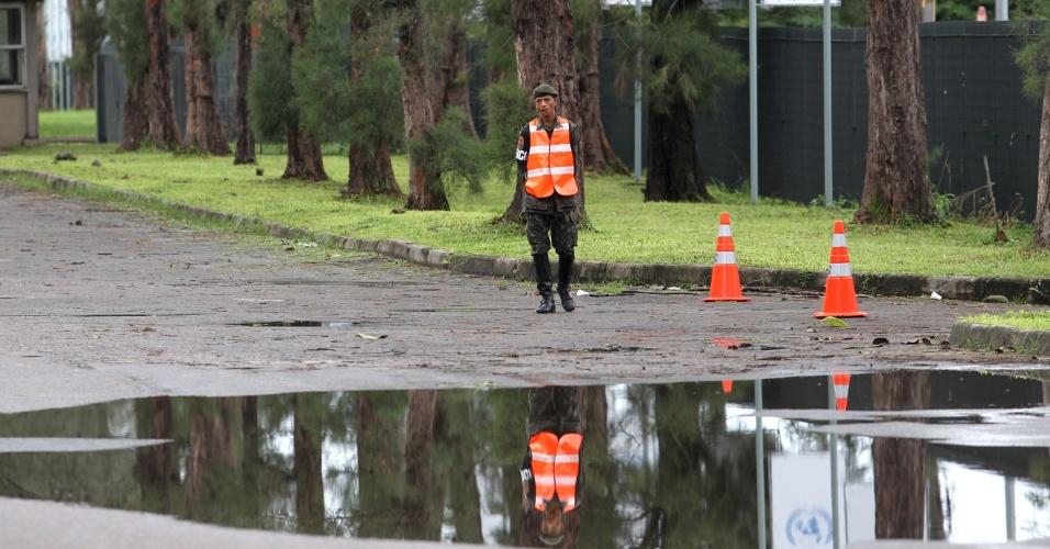 Soldados do Exército tomam conta das entradas e saídas do Riocentro