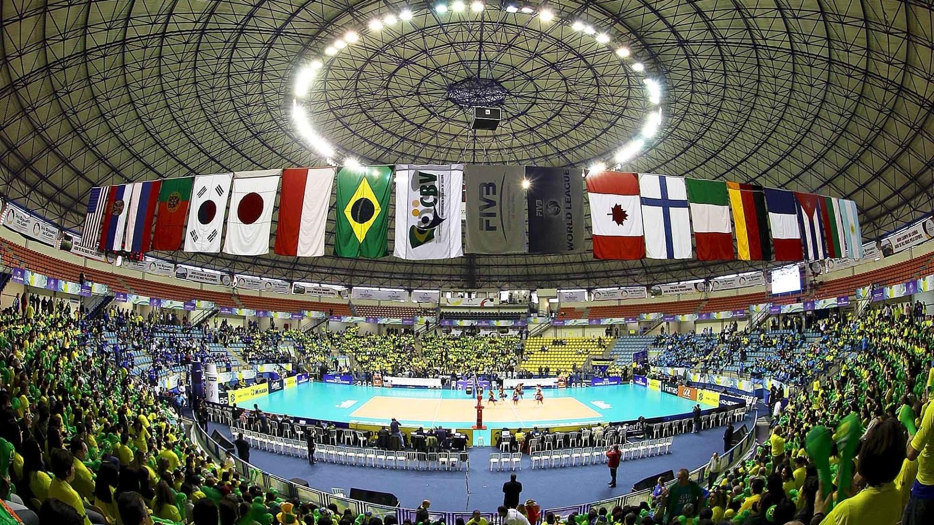 Ginásio de São Bernardo do Campo se prepara para receber partida entre Brasil e Polônia