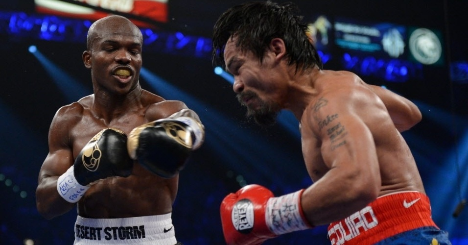 Timothy Bradley acerta Pacquiao em sua vitria surpreendente, mantendo a invencibilidade e somando sua 29 vitria no cartel invicto