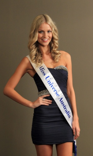 11.jun.2012 - Renae Ayris, vencedora do Miss Austr&#225;lia Universo 2012, posa para fotos em Melbourne, na Austr&#225;lia