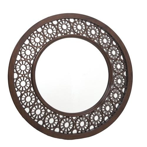 Com moldura redonda em madeira esculpida, o espelho Lace é indicado para salas de estar ou jantar. A peça tem 91 cm de diâmetro e pode ser adquirida na Cecilia Dale (www.ceciliadale.com.br) por R$ 3.990