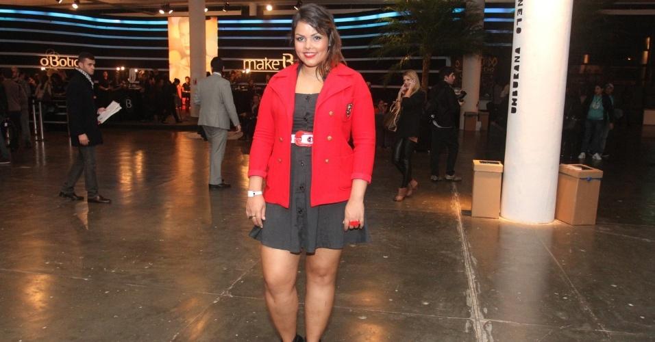 Ex-BBB Ana Lice acompanha SPFW Verão 2013 (11/6/12)