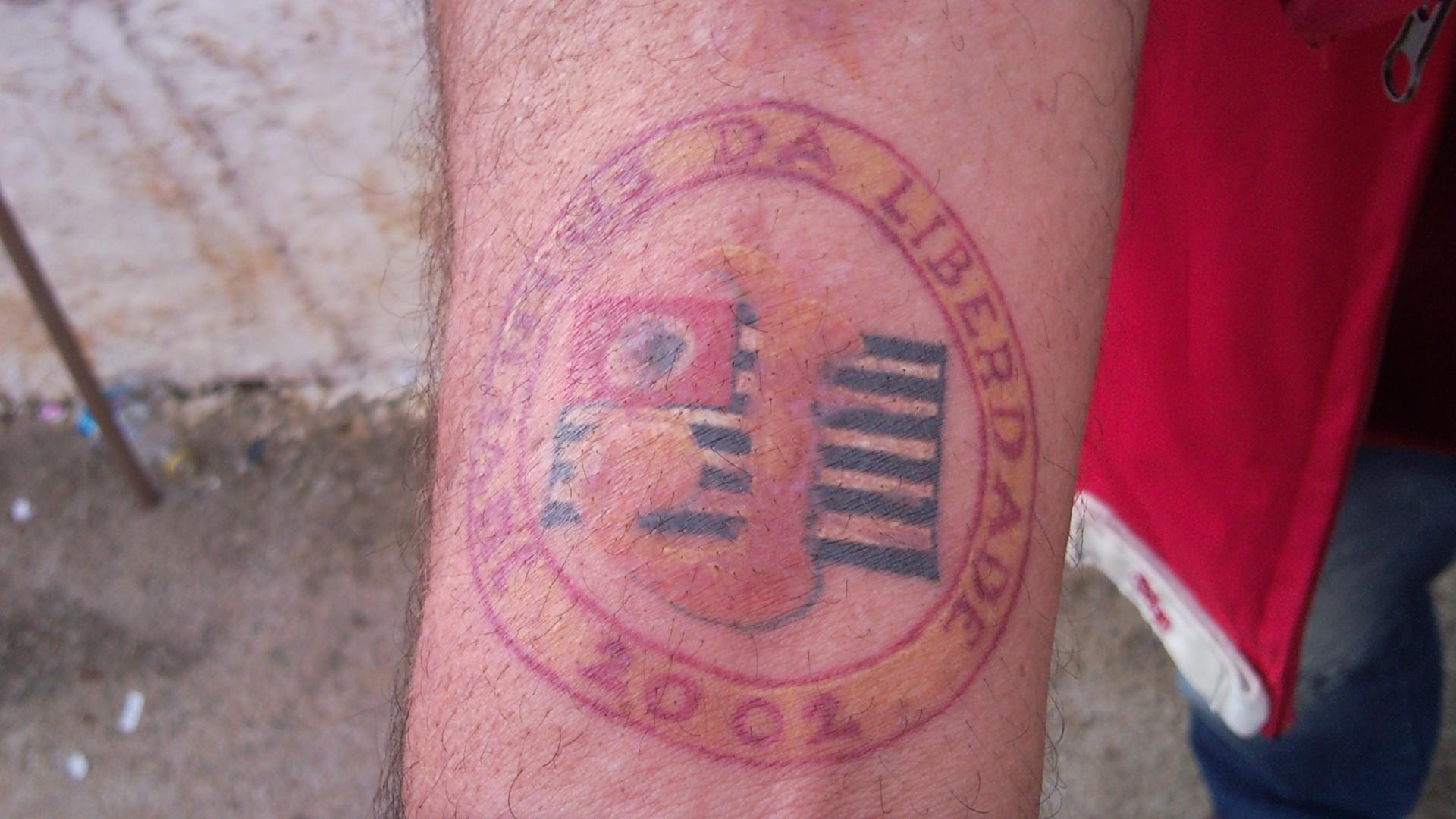 Tatuagem de Valdir Bezerra, o Boca, torcedor do Juventus da Liberdade