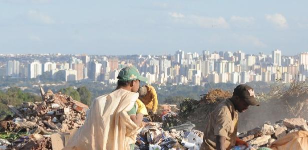Lixão da Estrutural, em Brasília