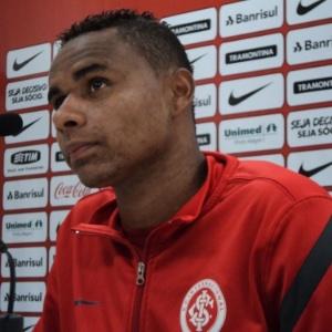 Meia Jajá ficou impressionado com barulheira oriunda de demolição na parte interna do Beira-Rio