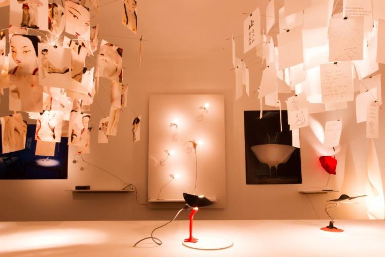 O espaço Making Light apresenta as luminárias criadas pelo designer Ingo Maurer na Casa Cor 2012. O ambiente é uma boa oportunidade para apreciar o diferenciado trabalho do alemão