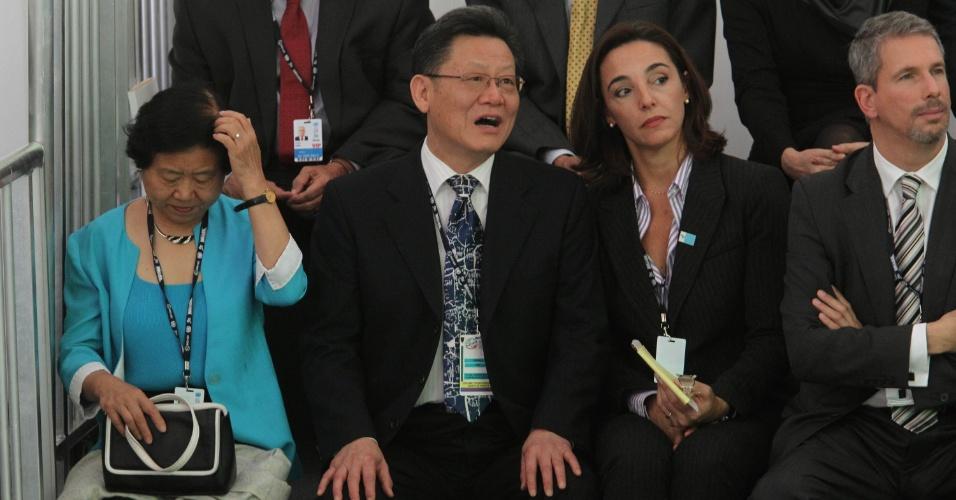 13.jun.2012 - O chinês Sha Zukang, secretário-geral da Rio+20, e sua esposa