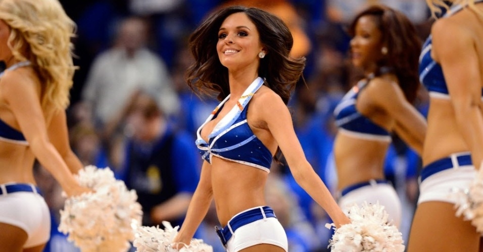 Cheerleaders da partida entre Miami Heat e Oklahoma City Thunder