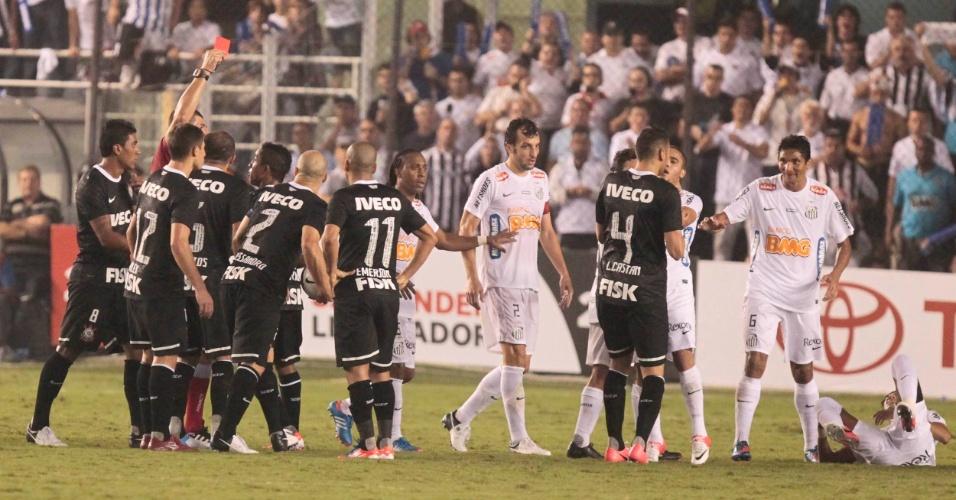 Emerson, do Corinthians, é expulso após cometer falta dura contra o Santos