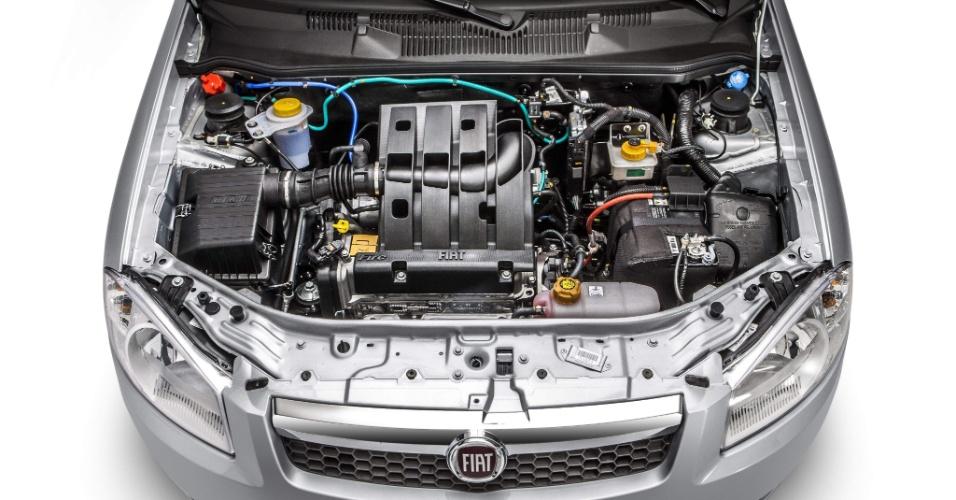 São duas opções de motor para o Siena EL 2013: 1.0 de 75 cv (etanol) e 9,5 kgfm de torque (etanol) ou 1.4 de 86 cv e 12,5 kgfm de torque (E)