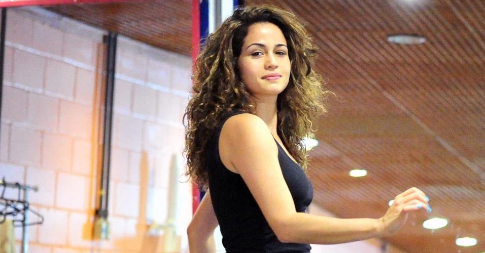 """Nanda Costa faz aulas de funk e dança de salão para """"Salve Jorge """" (13/6/2012)"""