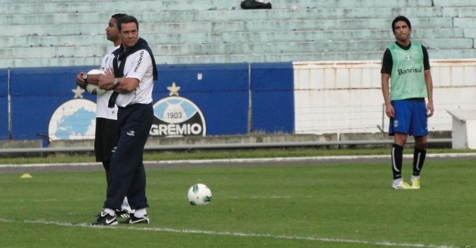 Técnico Vanderlei Luxemburgo no treino do Grêmio no dia seguinte a derrota para o Palmeiras pela Copa do Brasil (12/06/2012)
