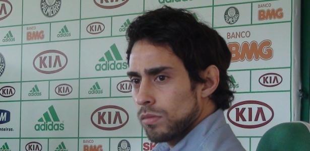 Meia Valdívia ainda não definiu se segue no Palmeiras após sofrer sequestro-relâmpago
