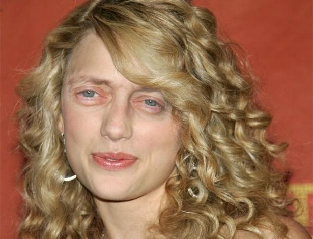 Acrescentar olhos de Steve Buscemi - Os olhos ator americano, dos filmes ''Cães de Aluguel'' e ''Pulp Fiction'', foram parar em montagens substituindo os olhos originais das celebridades. Na foto, a cantora Taylor Swift