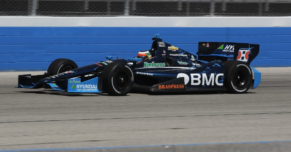 Rubens Barrichello durante os treinos para a etapa de Milwaukee da Fórmula Indy