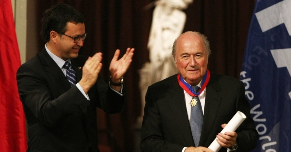 Joseph Blatter recebe homenagem durante evento realizado em Santiago, no Chile