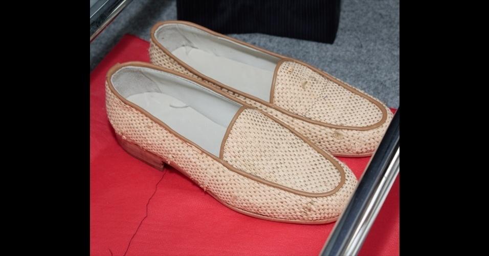 O artesanal também apareceu nos sapatos da João Pimenta, que criou mocassins de palha