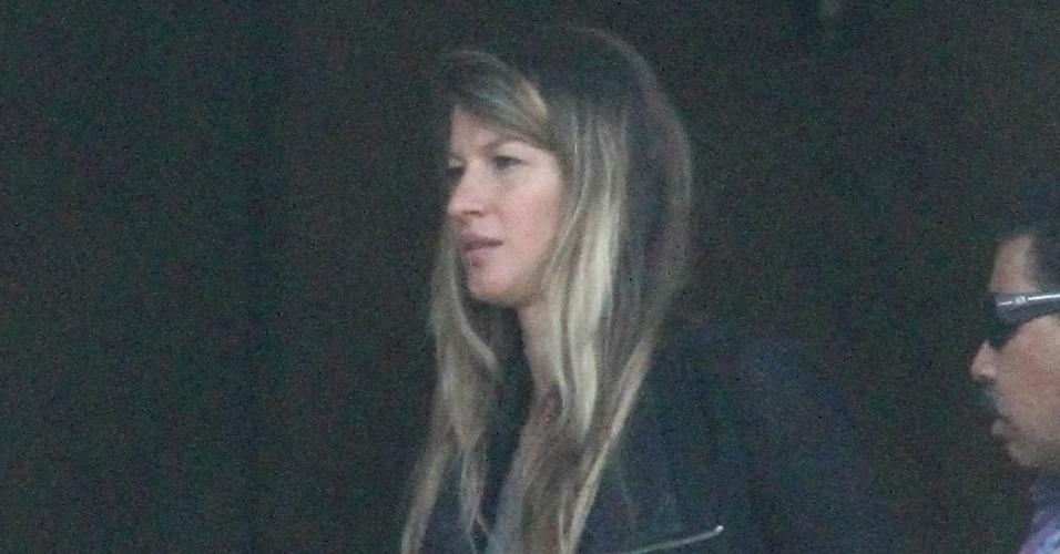 Gisele Bündchen é vista com barriga saliente, segundo revista a modelo está grávida de seu segundo filho (17/6/12)