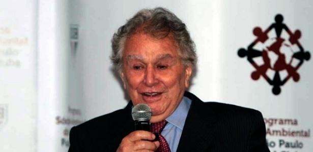 Juvenal Juvêncio apresenta Programa Sócio Ambiental do São Paulo (18/06/2012)