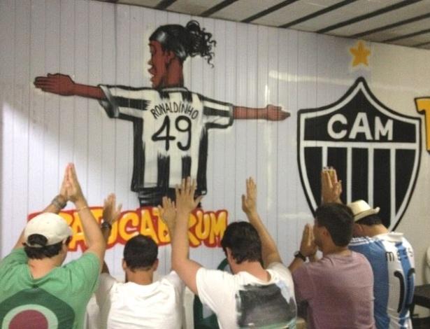 Bar Torquato, em Brumadinho, faz homenagem a Ronaldinho Gaúcho, do Atlético-MG