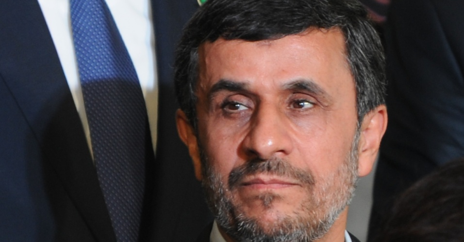 20.jun.2012 - Mahmoud Ahmadinejad, presidente do Ir&#227;, participou da Rio+20 e, em discurso r&#225;pido, pediu &#34;compaix&#227;o para enfrentar a crise&#34;