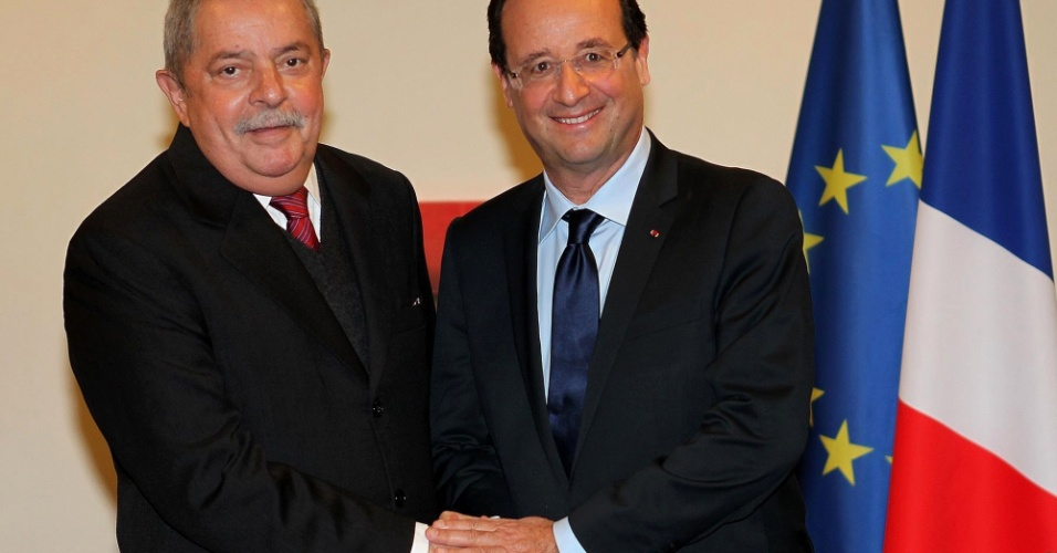 20.jun.2012 - O ex-presidente Luiz Inácio Lula da Silva encontra o presidente da França, François Hollande, na Rio+20, Conferência da ONU sobre Desenvolvimento Sustentável