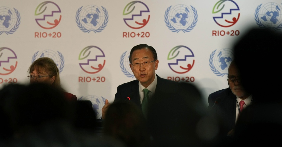 20.jun.2012 - O secret&#225;rio-geral da ONU, Ban Ki-moon, concede entrevista coletiva na Rio+20, Confer&#234;ncia da ONU sobre o Desenvolvimento Sustent&#225;vel