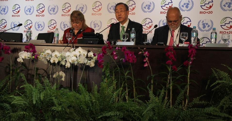 20.jun.2012 - O secretário-geral da ONU, Ban Ki-moon, concede entrevista coletiva na Rio+20, Conferência da ONU sobre o Desenvolvimento Sustentável