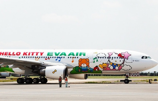 A EVA Air decorou a fuselagem de cinco de seus avi&#245;es com imagens do desenho &#34;Hello Kitty&#34;