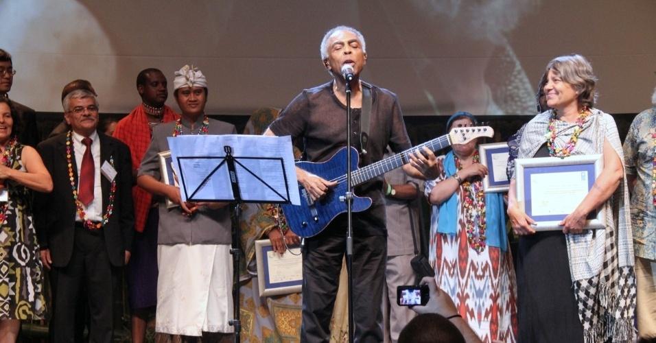 Cantor Gilberto Gil se apresenta em evento de sustentabilidade da Rio+20, no Rio de Janeiro (21/6/12)